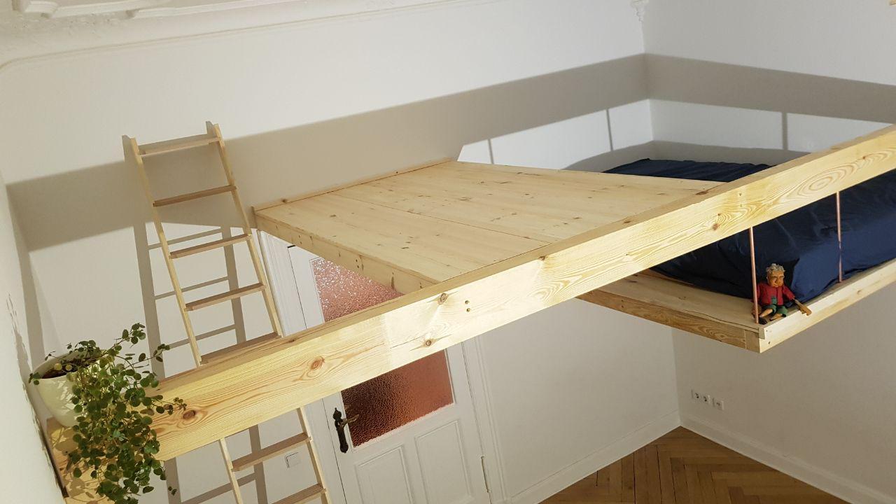 Free floating loft bed